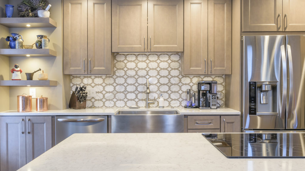 5 Ways to Optimize the Space of Your Small Kitchen | AKG ...